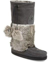 Manitobah Mukluks - 'snowy Owl' Genuine Fur & Suede Mukluk - Lyst