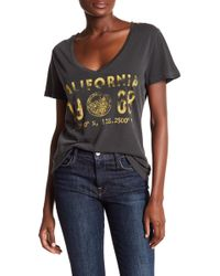 Corey Lynn Calter - Charlotte Graphic V-neck Tee - Lyst