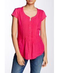 Sandra Ingrish - Short Sleeve Pleated Woven Blouse (petite) - Lyst