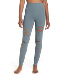 24fe0043018b2 Alo Yoga Entwine Yoga Leggings in Green - Save 50% - Lyst