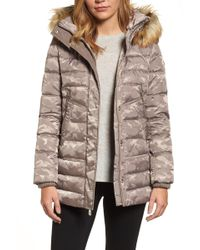 Vince Camuto - Quilted Coat With Faux Fur Trim Hood - Lyst