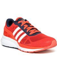 lyst adidas originali cloudfoam flusso di scarpe da ginnastica in rosso