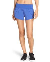Zella - Runaround Compact Shorts - Lyst