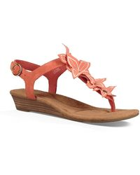 UGG - Arely Flower Wedge Sandal - Lyst