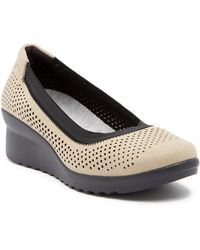 Clarks | Caddell Trail Wedge Flat | Lyst