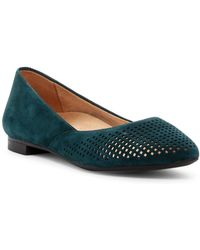 Vionic | Posey Perforated Flat | Lyst
