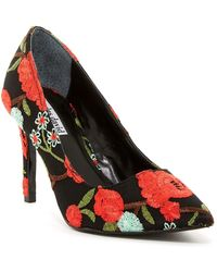 Charles David - Denise Floral Embroidered Pump - Lyst