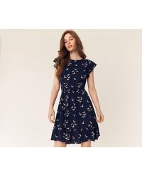 bf301d9330b1 Oasis Scallop Sleeve Dress in Blue - Lyst