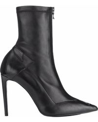 Roland Mouret - Roxy Boots - Lyst