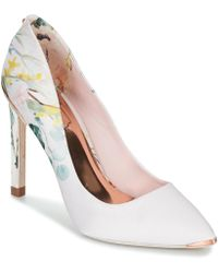 fe6aecff7 Ted Baker Statement Bow Court Shoes in White - Lyst