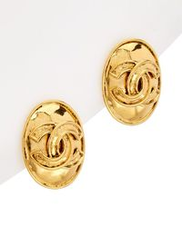 Chanel - Gold-tone Cc Oval Clip-on Earring - Lyst
