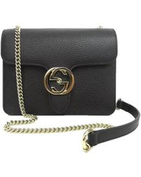 84d2ba9ef Gucci - Black Leather Marmont Interlocking GG Crossbody Bag - Lyst