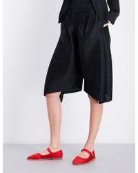 Pleats Please Issey Miyake | Pynpyn Dropped-crotch High-rise Pleated Shorts | Lyst