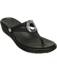 Crocs™ - Sanrah Beveled Circle Wedge Flip Flop Sandal - Lyst