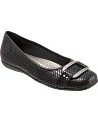 Trotters - Sizzle Signature Flat - Lyst