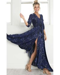 Showpo - Lone Traveller Maxi Dress In Midnight Floral - Lyst