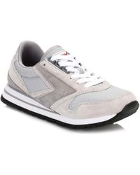 Brooks - Womens Athletic Grey/white Chariot Trainers Women's Shoes (trainers) In Grey - Lyst