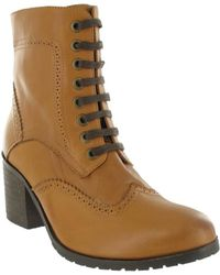 Marta Jonsson - Brogue Ankle Boot With Laces Women's Low Ankle Boots In Brown - Lyst