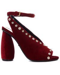 Carven - Sandalo Con Tacco In Velluto Rosso E Borchie Women's Sandals In Red - Lyst