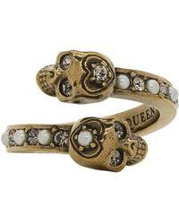 Alexander McQueen - Gold Twin Skull Ring - Lyst
