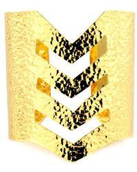 Nest - Hammered Gold Chevron Cuff - Lyst