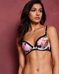 2b3e5394e78fc Ted Baker Dynamic Butterfly Cross Back Sports Bra in Black - Lyst