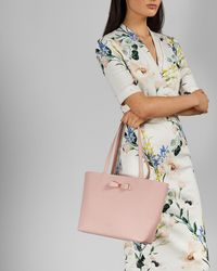 1f75f0af319a Ted Baker Deanie Bow Leather Small Shopper Bag in Pink - Lyst