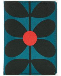 Orla Kiely - Sixties Stem Vinyl Travel Passport Cover - Lyst