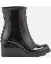HUNTER - Original Refined Mid Wedge Gloss Boots - Lyst