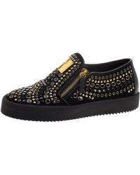 Giuseppe Zanotti - Black Stud Embellished Suede Eve Slip On Sneakers Size 40 - Lyst