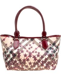 Burberry - /beige Nova Check Canvas And Leather Nickie Stars Tote - Lyst
