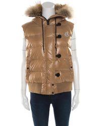 1140a6832bb6 Moncler - Beige Quilted Raccon Fur Hood Detail Tarn Down Gilet Xxl - Lyst