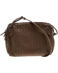 5e9bca5a64d4 Bottega Veneta - Intrecciato Nappa Leather Double Zip Crossbody Bag - Lyst