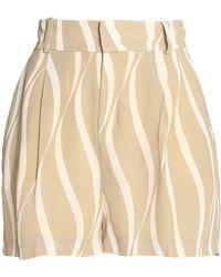Totême  - Printed Crepe Shorts - Lyst