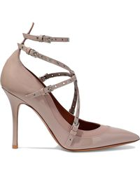 Valentino - Woman Love Latch Eyelet-embellished Matte And Patent-leather Court Shoes Taupe - Lyst