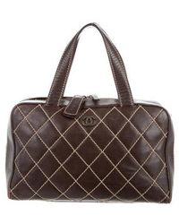 4689809cb1ca Lyst - Chanel Medium Surpique Flap Bag Tan in Metallic