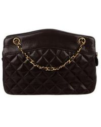 1958fbab3a58a0 Lyst - Chanel Vintage Quilted Shoulder Bag Gold in Metallic