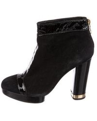 7dd99191cc0b41 Lyst - Tory Burch Dorset Black Suede And Leather 85mm Bootie in Black