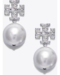 Tory Burch - Crystal Pearl Logo Drop Earring - Lyst