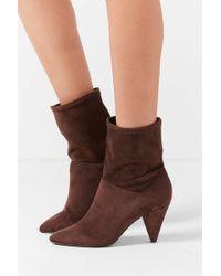 1877cdb7188 Urban Outfitters - Short Scrunch Brown Boot - Lyst