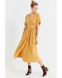 Urban Outfitters - Uo Gabrielle Linen Midi Wrap Dress - Lyst