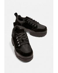 Urban Outfitters - Tag Chunky Sole Trainer - Lyst