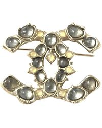 Chanel - Cc Gold Metal Pins & Brooches - Lyst