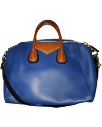 592bf46be7a1 Givenchy - Pre-owned Antigona Blue Leather Handbags - Lyst