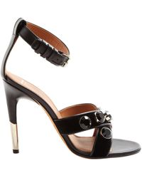 cfadcd79c9c Givenchy - Pre-owned Black Velvet Sandals - Lyst