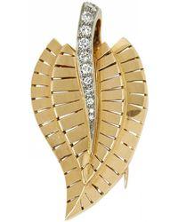 Van Cleef & Arpels - Yellow Gold Pin & Brooche - Lyst