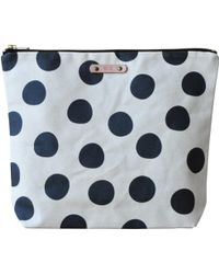 Soi 55 Lifestyle - Lumpini Large Travel Zipper Pouch Black Dotty - Lyst