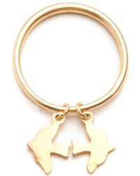 Alice Eden - Gold Stacking Ring With Bird Charm - Lyst