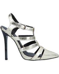 Scopri Scarpe col tacco da donna di Versace Jeans a partire da 64 € d4789c52f36
