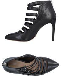 Pour La Victoire - Court Shoes - Lyst